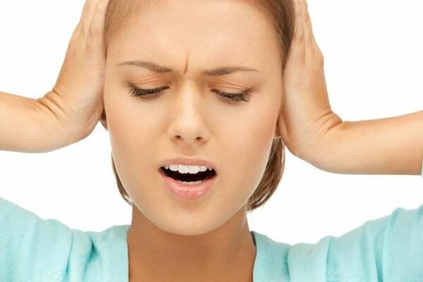 Диагностика и лечение боли в ушах