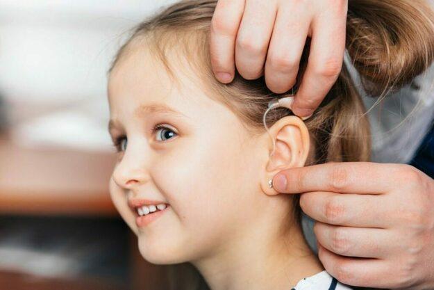 Детское слухопротезирование