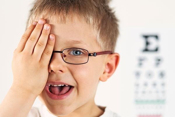 Как уберечь ребенка от близорукости?