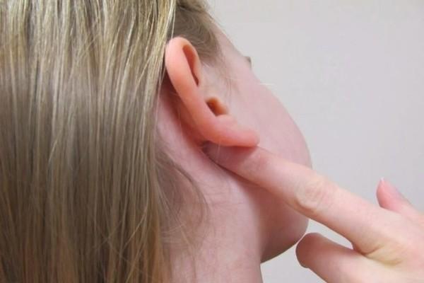 Атерома за ухом, атерома мочки уха - причины, симптомы, лечение
